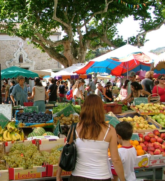 esperaza market 3.jpg